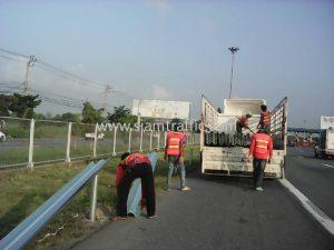 safety guard railบนทางหลวงพิเศษหมายเลข 9 ตอน คลองพระยาสุเรนทร์-พระประแดง